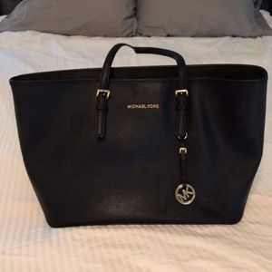 MICHAEL Michael Kors Jet Set Top Zip Travel Tote
